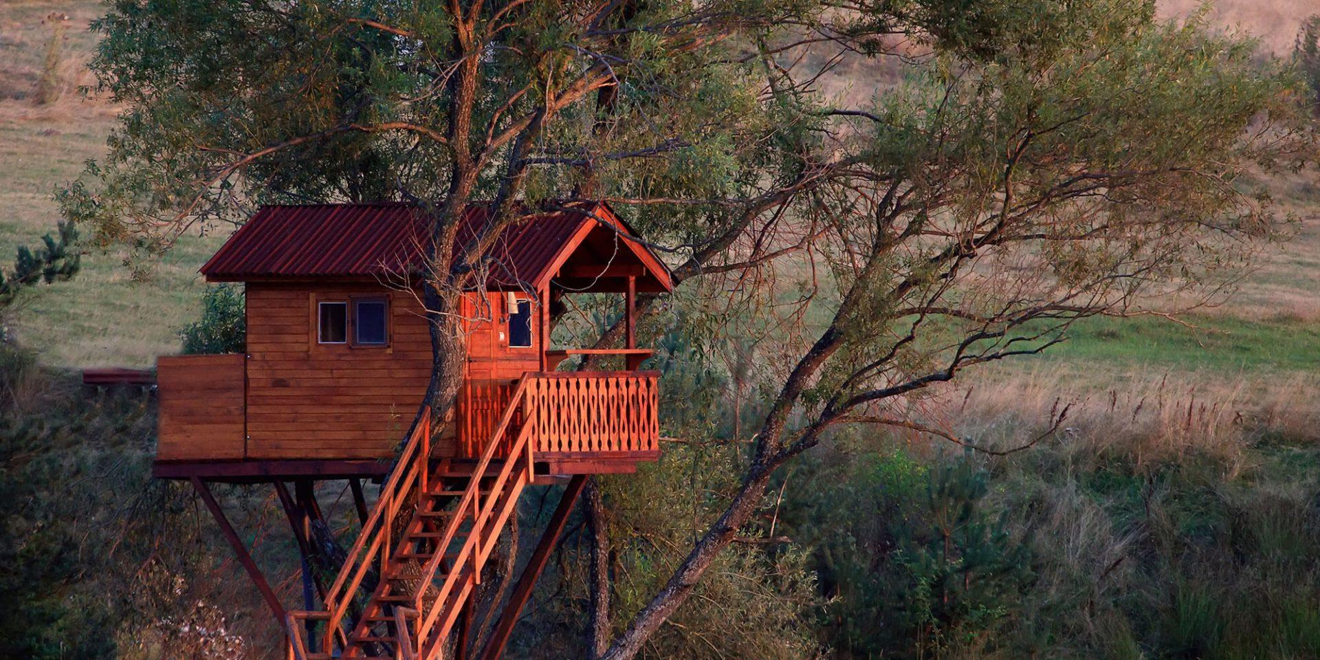 Les cabanes dans les arbres - Gîtes Prestige